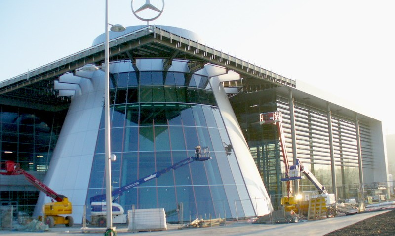 Loja revenda da Mercedes-Benz