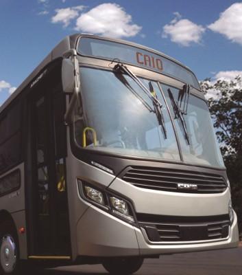 Frente diferenciada do ônibus Apache Vip