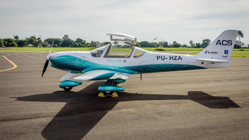 Avião elétrico batizado de Sora-e